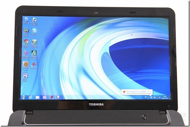 Toshiba Sattellite M840 Review 009