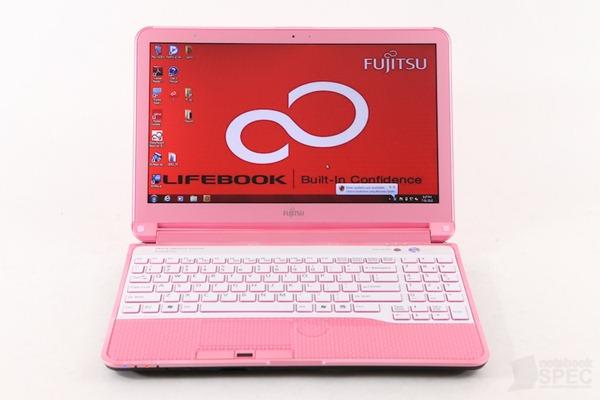 Fujitsu Lifebook LH772-12 Review 001