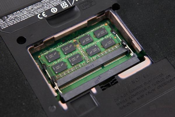 Fujitsu Lifebook LH772-12 Review 030