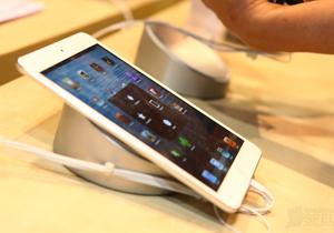 Commart Comtech Thailand 2012 แนะนำแท็บเล็ต (Tablet) น่าสนใจภายในงาน