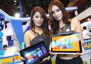 พาทัวร์บรรยากาศบูธ Intel ภายในงาน Commart Comtech Thailand 2012