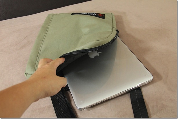 Fotofile_Laptop_Bag_Review 009