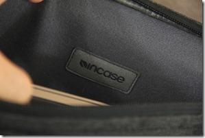 Incase DSLR Pro Sling Pack Review 016