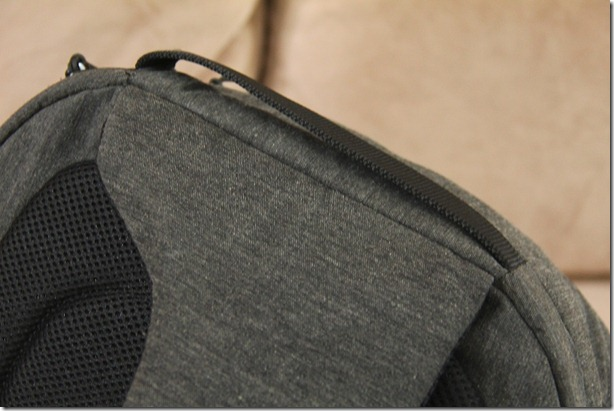 Incase DSLR Pro Sling Pack Review 030