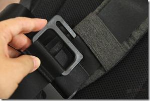 Incase DSLR Pro Sling Pack Review 035