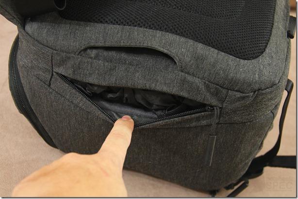 Incase DSLR Pro Sling Pack Review 037