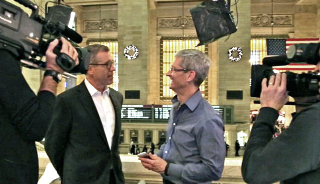 Tim Cook and Brian Williams1