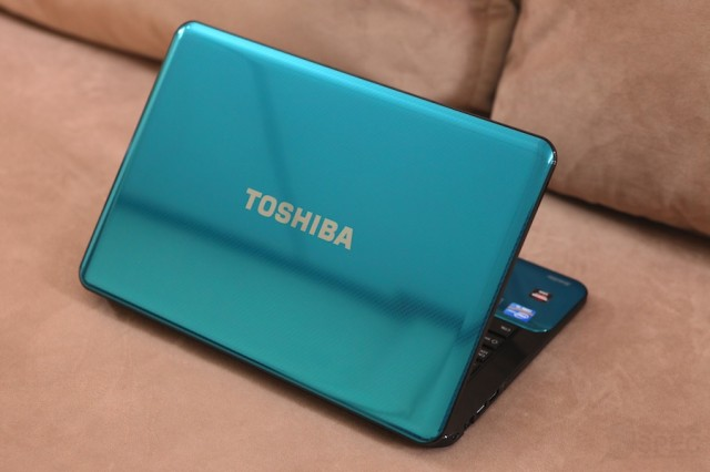 Toshiba M840 Preview 005