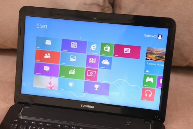 Toshiba M840 Preview 007