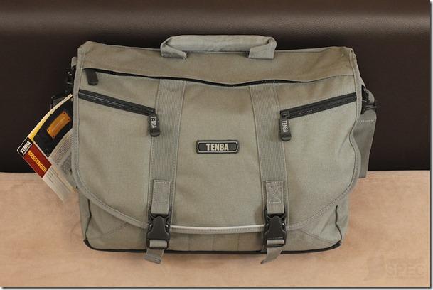 Tenba Messenger Bag Review 004