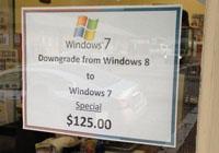 ถ้าใช้ Windows 8 ไม่คล่องก็มีบริการดาวน์เกรดเป็น Windows 7 ด้วยเงินประมาณ 3,700 บาทนะ