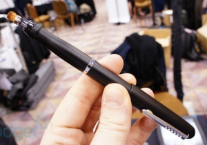 [CES 2013] Targus เปิดตัวปากกาหัวพู่กันสำหรับใช้งาน Windows 8 แม้จอไม่ใช่แบบสัมผัส
