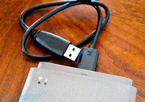 [CES 2013] USB 3.0 เพิ่มขีดความสามารถในหน้าตาเดิม รองรับความเร็วระดับ 10Gbps