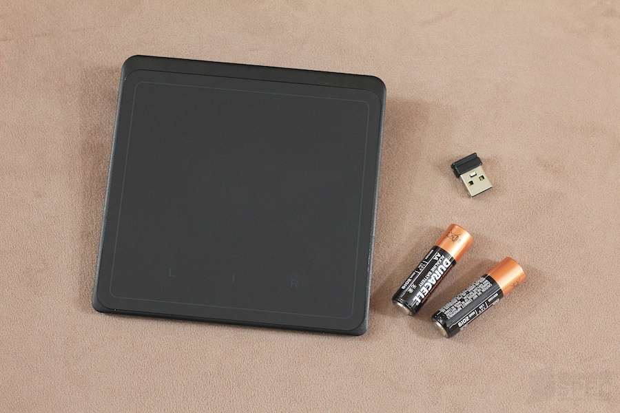 Lenovo Wireless Touchpad Review 003