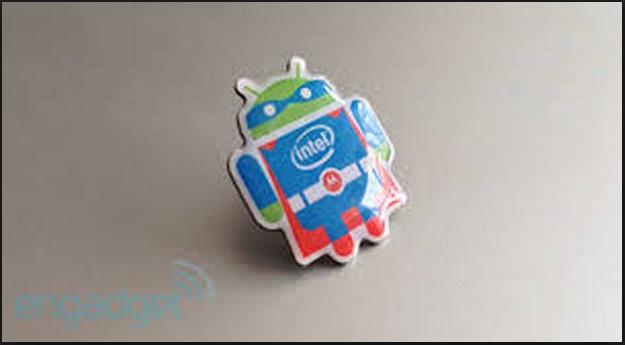 Intel เอาระบบปฏิบัติการ Android 4.2.2 ไป Optimized ให้เข้ากับชิปมากขึ้น มีฟีเจอร์เด่นเช่น Dual boot เป็นต้น