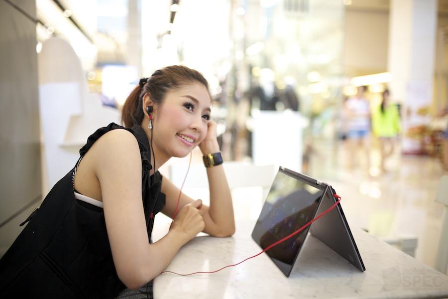 Lenovo IdeaPad Yoga 11 Kratoon 038
