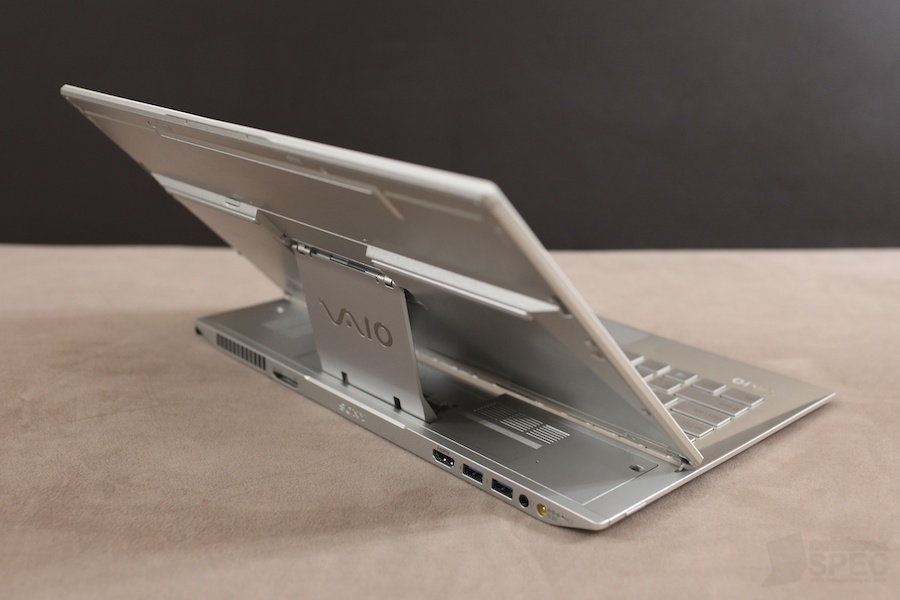 Sony Vaio Duo 13 Review 006