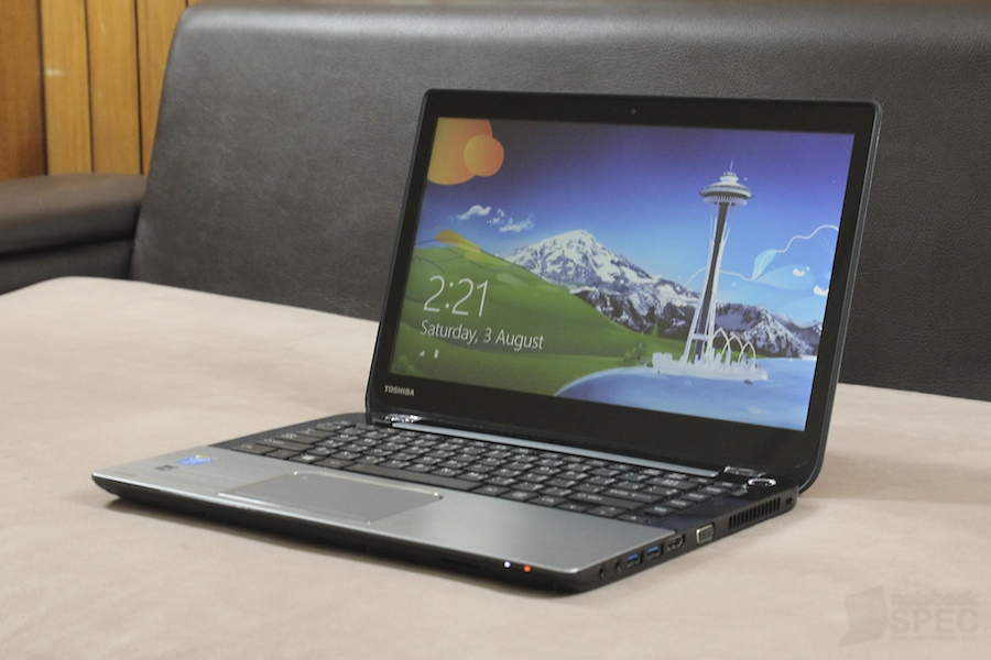 Toshiba S40T Review 003