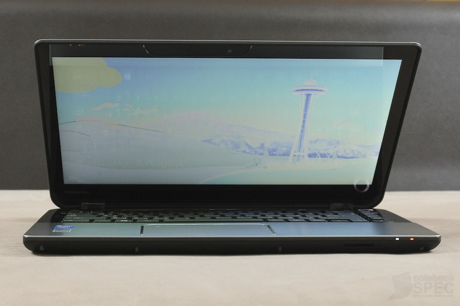 Toshiba S40T Review 005
