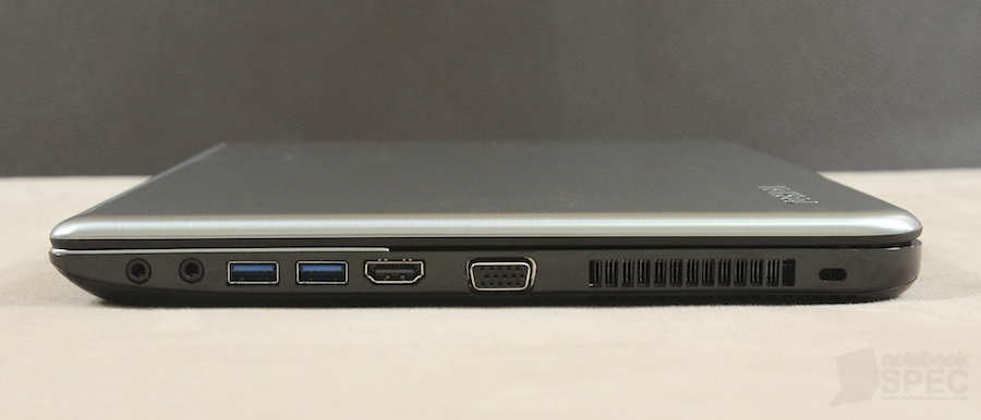 Toshiba S40T Review 029