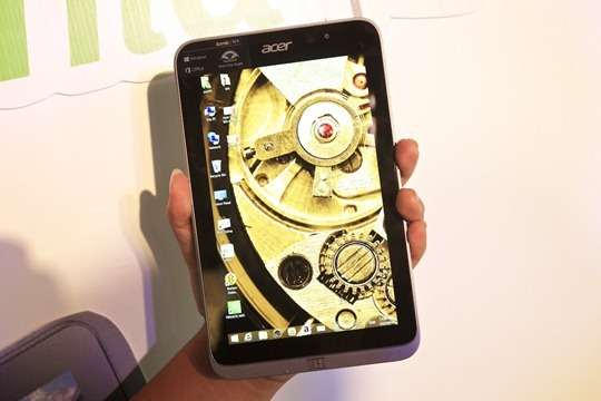 Acer-Iconia-W4-Hands-on-Notebookspec 006