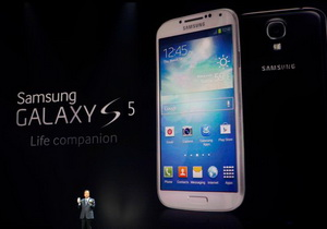 ยืนยัน Samsung Galaxy S5 จะมา 2 รุ่น ทั้งบอดี้พลาสติก, โลหะ ใช้ชิป S805 และ Exynos 6