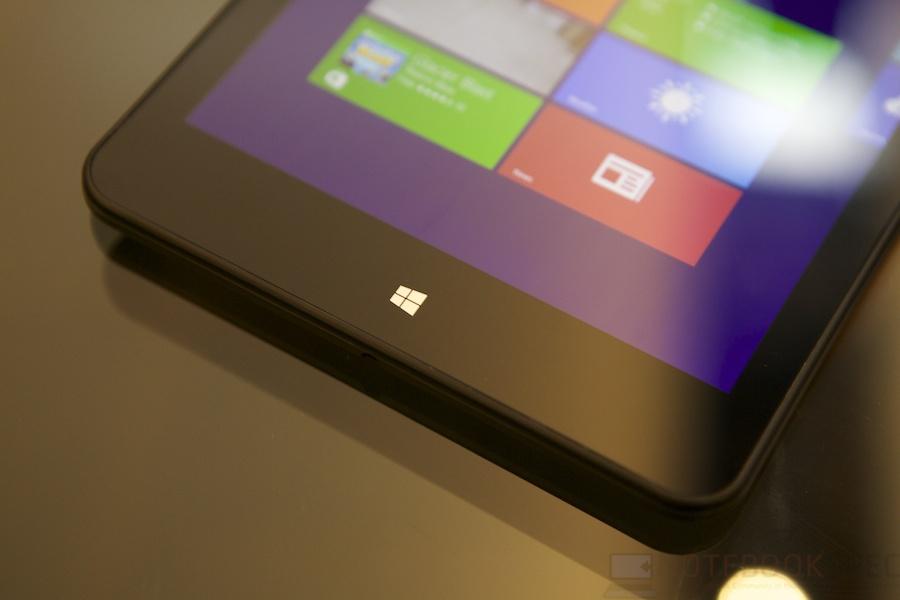 Lenovo Launch ThinkPad Yoga 026
