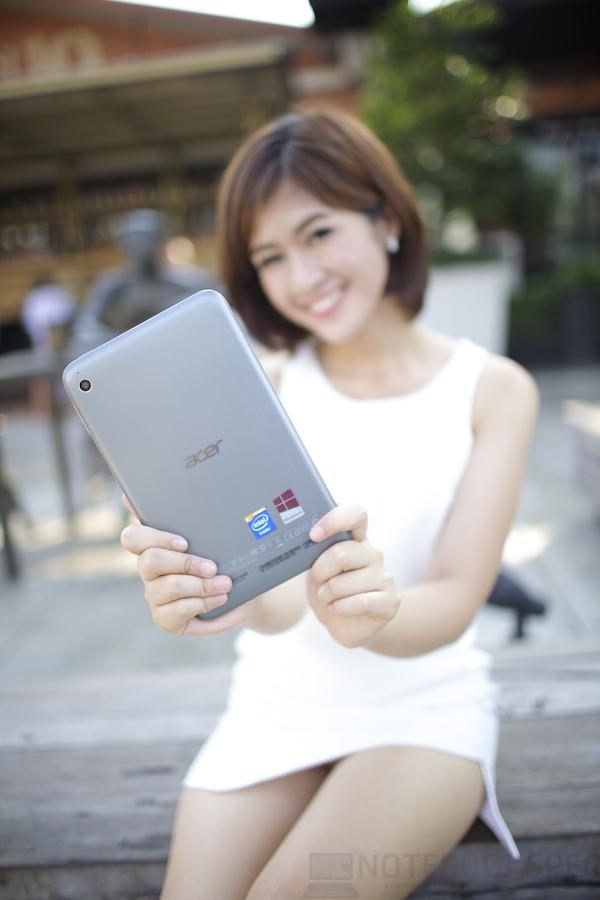 Pretty Acer W4 007