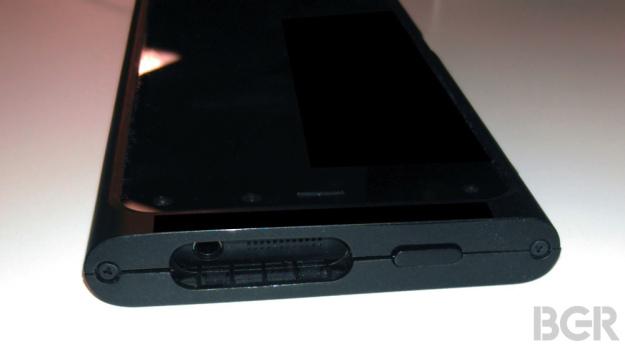 amazon-smartphone-03-600