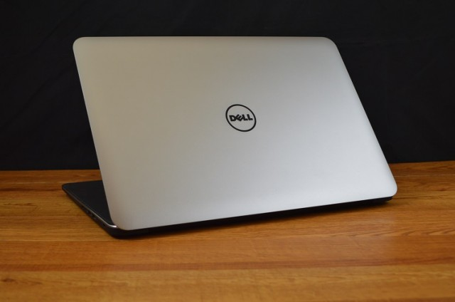 Dell-XPS-15-back