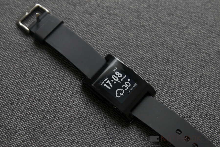 Pebble Smartwatch Review 002