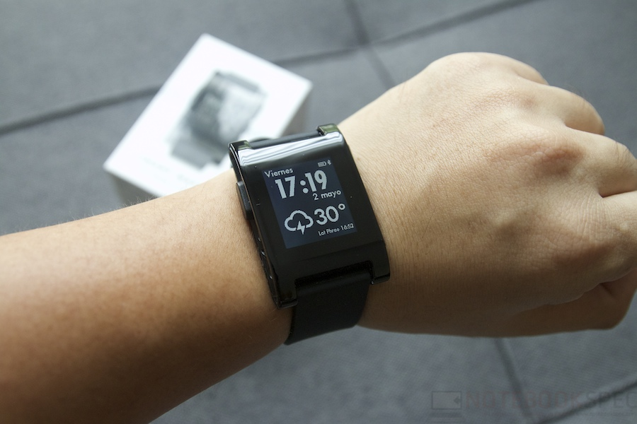 Pebble Smartwatch Review 011
