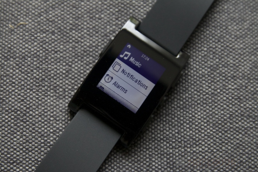 Pebble Smartwatch Review 023