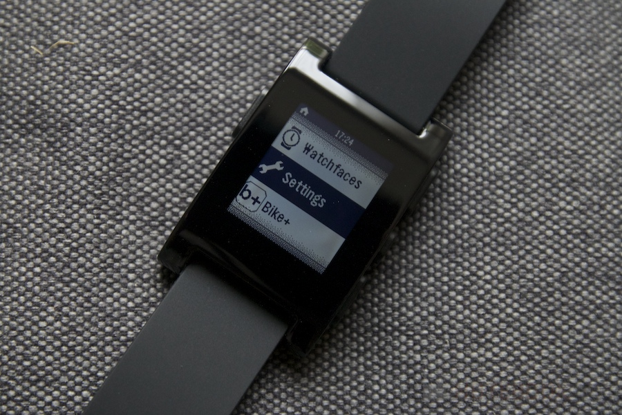 Pebble Smartwatch Review 024