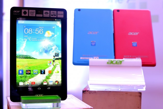 Acer Iconia One7 (1)