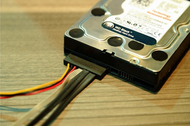 WD-PCIe-sata-02-600