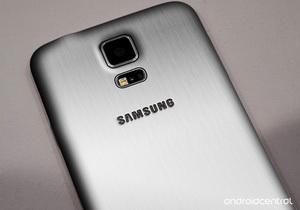 Samsung เตรียมเปิดตัวมือถือ Galaxy Alpha ที่ใช้โลหะเป็นวัสดุในเดือนหน้านี้