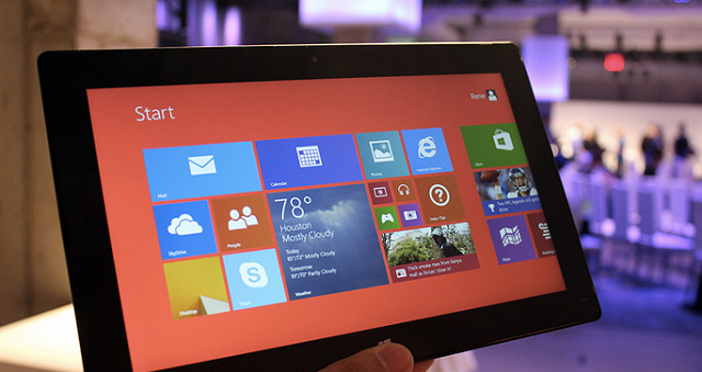 Microsoft Cuts The Price Of The Surface 2 600