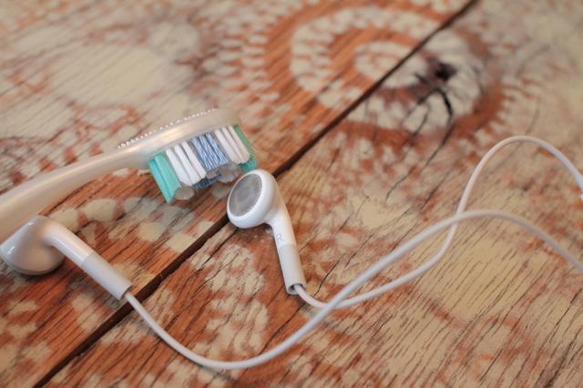 Clean ear plug-4