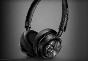Philips เปิดตัว หูฟังที่ใช้ช่องเชื่อมต่อแบบ Lightning เป็นรายแรกนำหน้า Apple