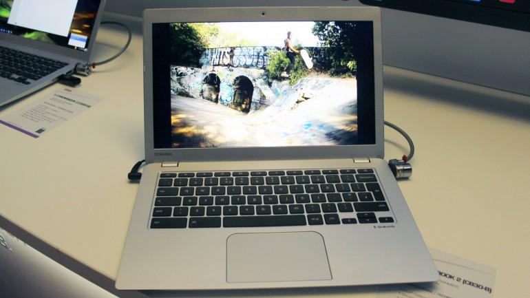 Toshiba Chromebook2-1