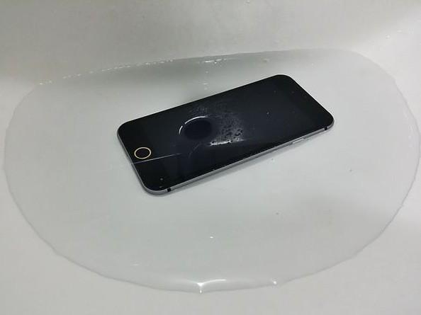 new-iPhone-6-waterproof-1