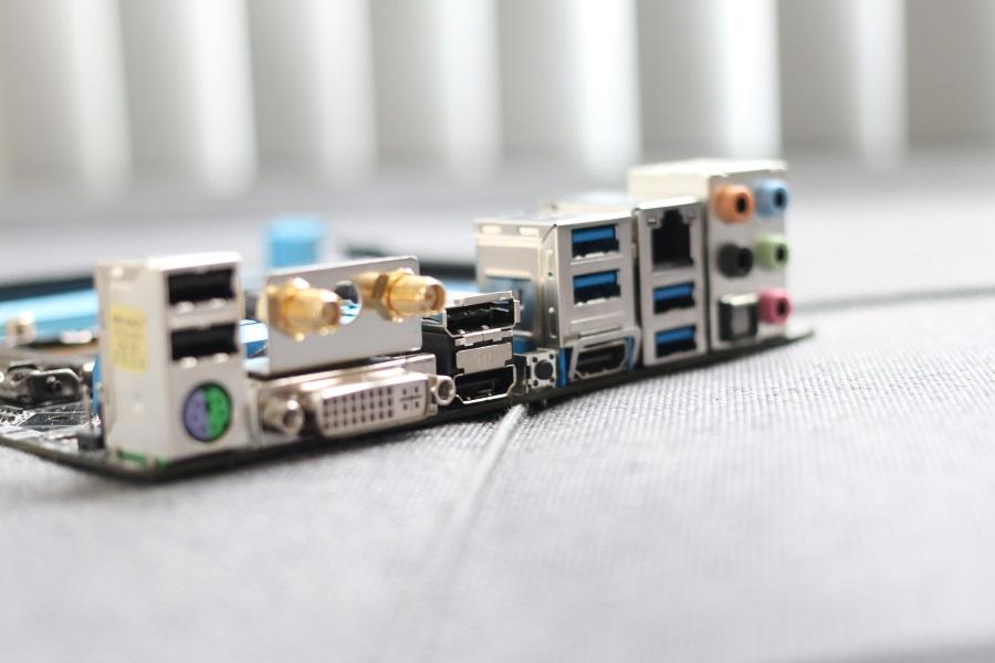 ASRock Z97E-ITXac (13)