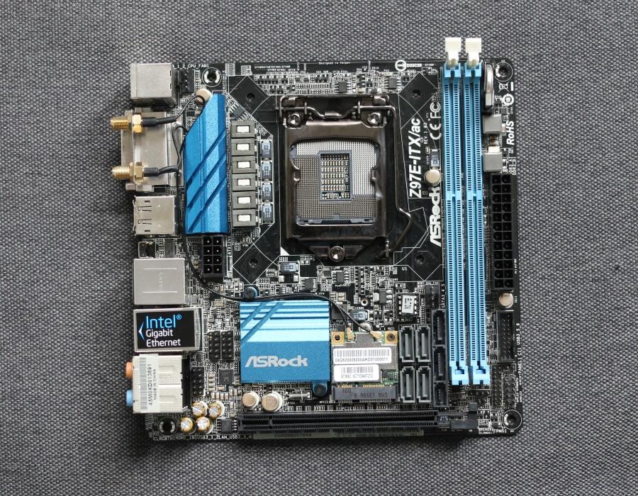 ASRock Z97E-ITXac (4)