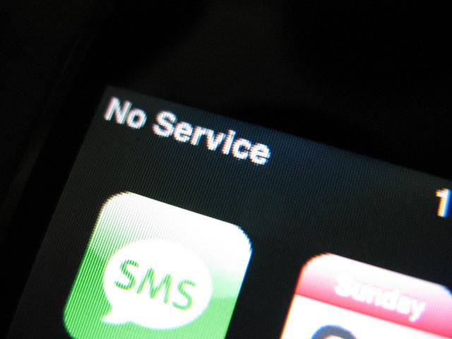 iPhone No service-1