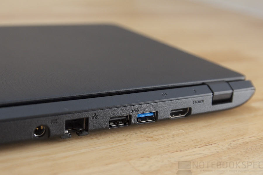 Acer Aspire E11 2014 Review 008