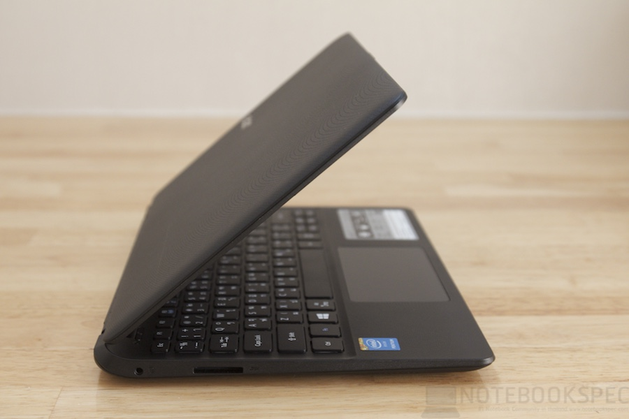 Acer Aspire E11 2014 Review 024