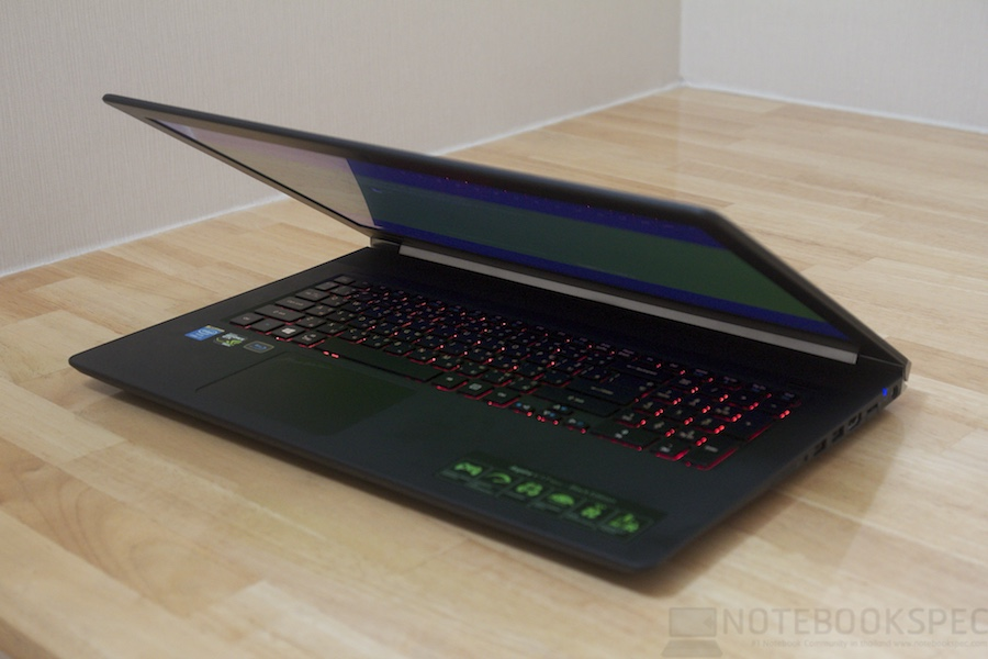 Acer Aspire V Nitro 17 047