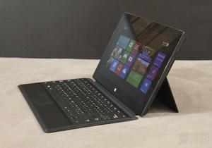 BaNANA IT ลดราคาสินค้าตัวโชว์  สมาร์ทโฟนและแท็บเล็ต 50% : Surface Pro เหลือ 4,950 บาท!!!