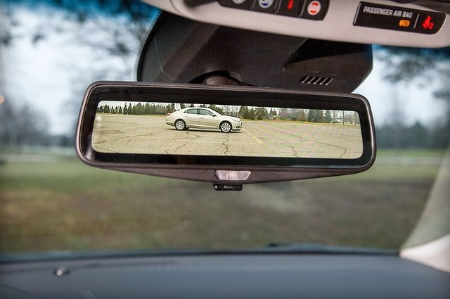 replace your rearview mirror with a video feed in 2016 600